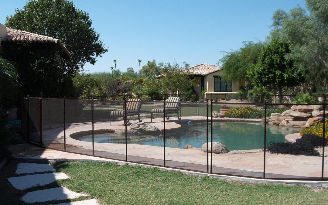 How Durable is a Mesh Pool Safety Fence